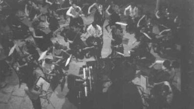 Director de orquesta, Santiago de la Riva - Solista, Jonas De Geyndt