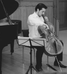 Ilia Laporev, cello